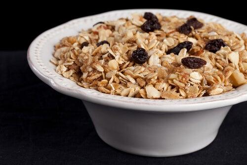 Cereali e uva passa