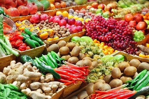 Frutta e verdura tra i rimedi casalinghi e naturali per la menopausa