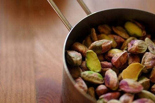 I pistacchi sono ricchi di ferro