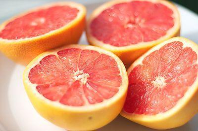 alimenti per disintossicare il fegato, pompelmo