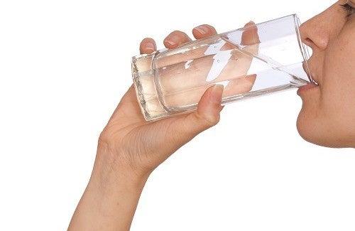 come perdere peso in 3 giorni di acqua potabile
