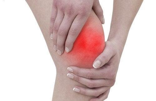 Abitudini che possono danneggiare le articolazioni