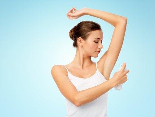 Deodorante naturale fatto in casa: 6 fantastiche ricette