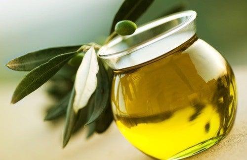 Rimedi salutari a base di olio d'oliva