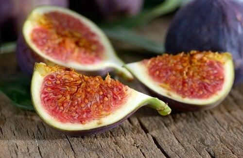 La frutta: il migliore diuretico naturale