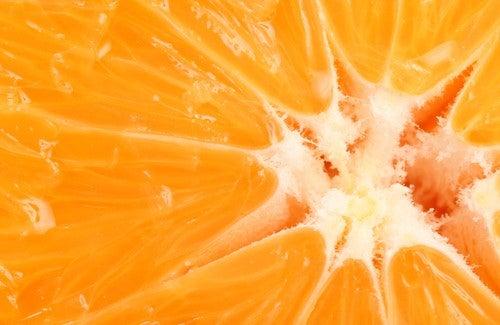 Fa bene mangiare frutta a digiuno?