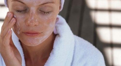 Maschere per il viso, per un pelle sana e vitale