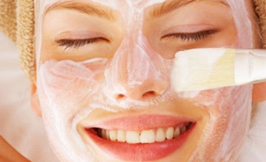 Le 12 migliori maschere facciali fatte in casa
