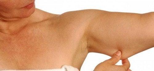 Esercizi per bruciare grassi e modellare le braccia