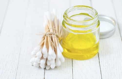 L'olio di oliva: 10 modi per usarlo che non conoscevate