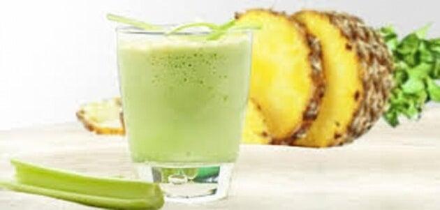 Sedano e ananas