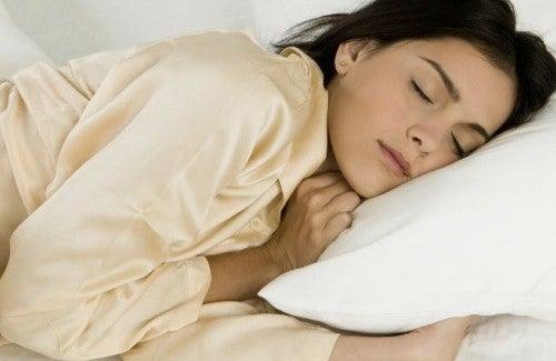 Consigli per dormire bene dopo una giornata pesante