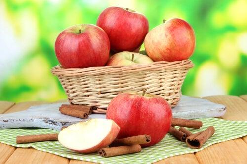 mele per eliminare le tossine dall'organismo