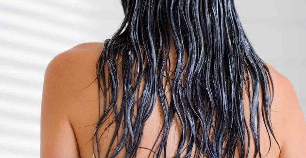 Trattamenti casalinghi per avere capelli lisci