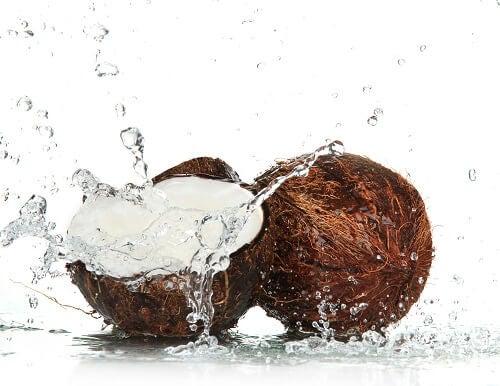 Il consumo di cocco può essere di grande aiuto per la vostra salute