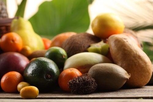 Frutta mista per ridurre il colesterolo