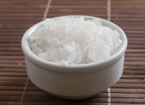 un consumo adeguato di magnesio aiuta a evitare l'osteoporosi