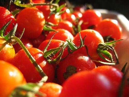 Pomodori come alimenti lassativi
