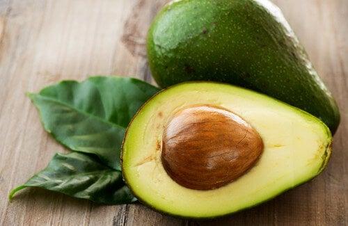 Seme dell'avocado: ecco perché non bisogna gettarlo