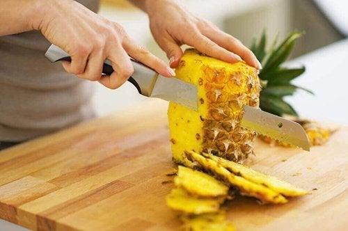 vantaggi del chiodo di garofano per la perdita di peso