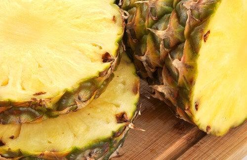 Deliziose bevande medicinali a base di buccia d'ananas