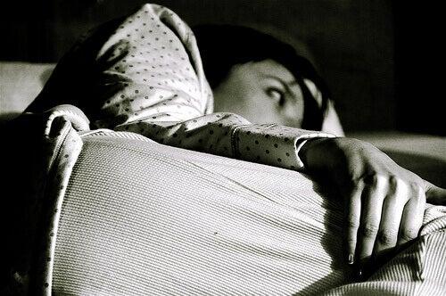 dormire poche ore