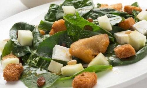 Insalata di spinaci e tacchino