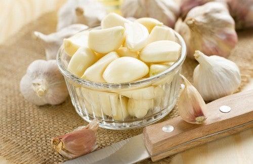 Proprietà curative dell'aglio
