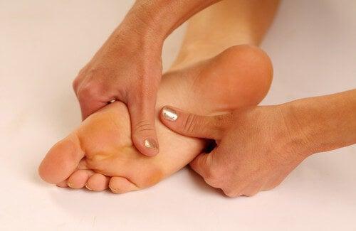 Trattamenti per il dolore alla pianta del piede