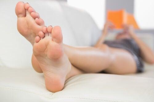 Piedi in alto per evitare le teleangectasie