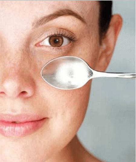 Semplici trucchi per il viso gonfio