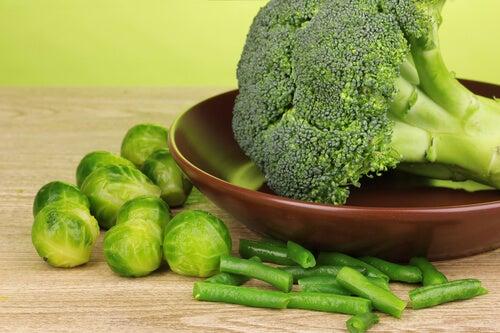 verdure contrastare alimenti decalcificanti