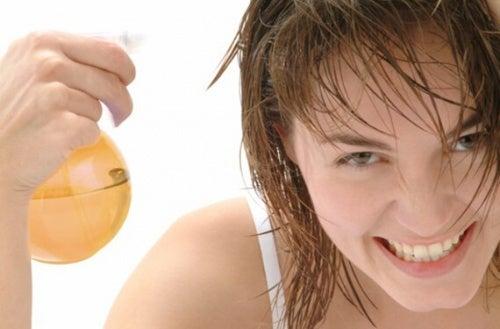 lozione per capelli a base di ortica