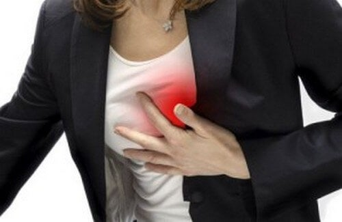 peso sullo stomaco infarto