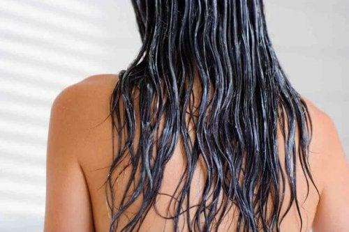 Lavare I Capelli Senza Lo Shampoo Come Vivere Più Sani