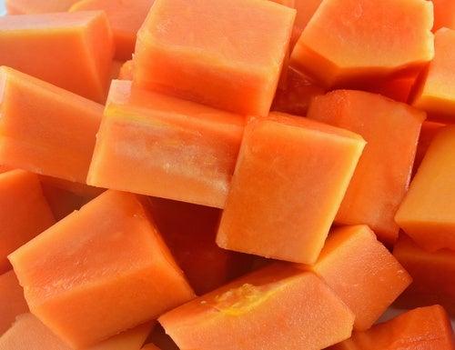 Proprietà della papaya per il sistema digerente
