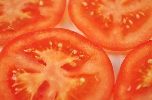 Fette di pomodoro