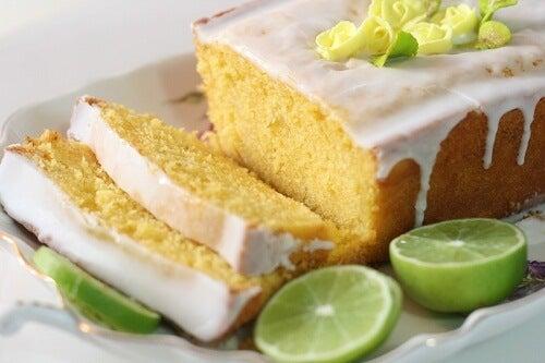 Come preparare uno squisito dolce al limone fatto in casa