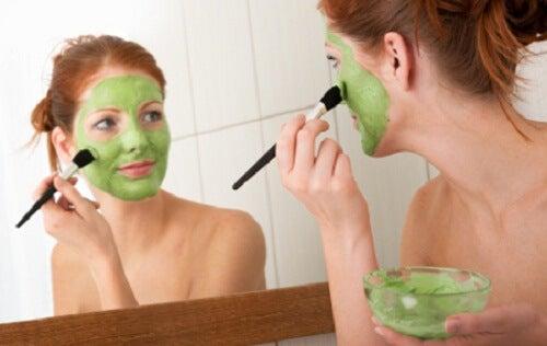 8 consigli per dimagrire sul viso senza sforzi