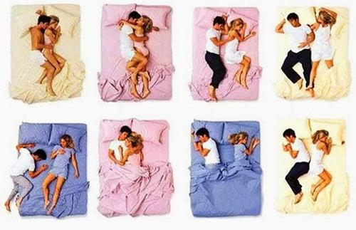 Posizioni Per Dormire In Coppia.La Posizione In Cui Dorme La Coppia Dice Molto Sulla