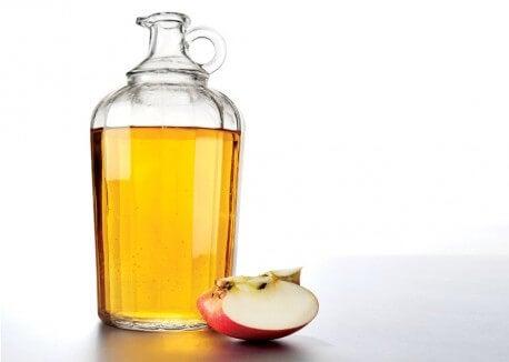 l'aceto di mele è utile per dimagrire