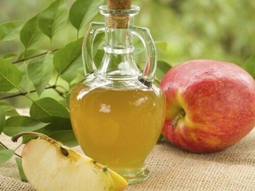 Si può dimagrire con l'aceto di mele?