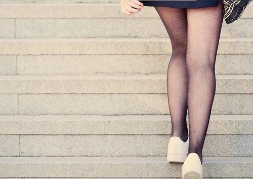 perdere peso salendo le scale