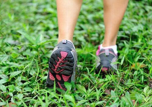 camminare per bruciare grassi