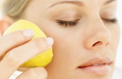Maschere speciali per eliminare le macchie del viso