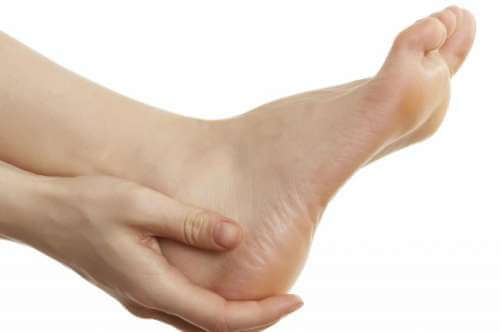 piedi e spina calcaneare