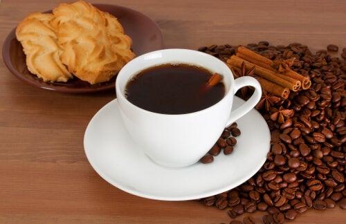 Caffè per frenare l'appetito