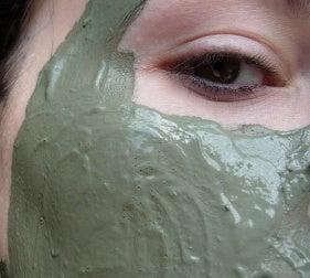Maschera argilla per acne e punti neri