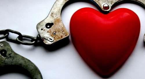 5 rischi della dipendenza emotiva nella coppia