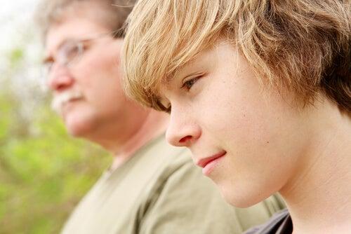 3 consigli per educare i figli adolescenti